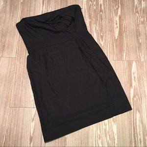 AT Loft 12 Black Linen Strapless Ruffles Dress